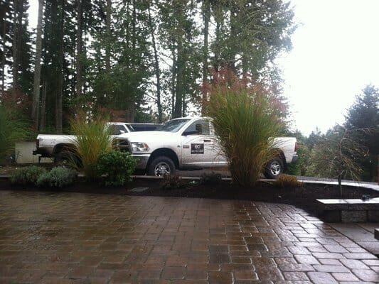 EO Landscaping provides custom Landscape Designs, with all the equipment necessary to complete the task